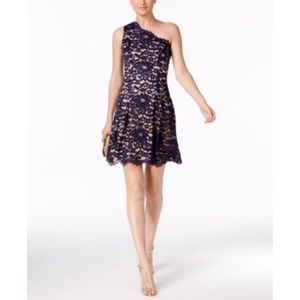 Vince Camuto Dresses - Vince Camuto One Shoulder Dress